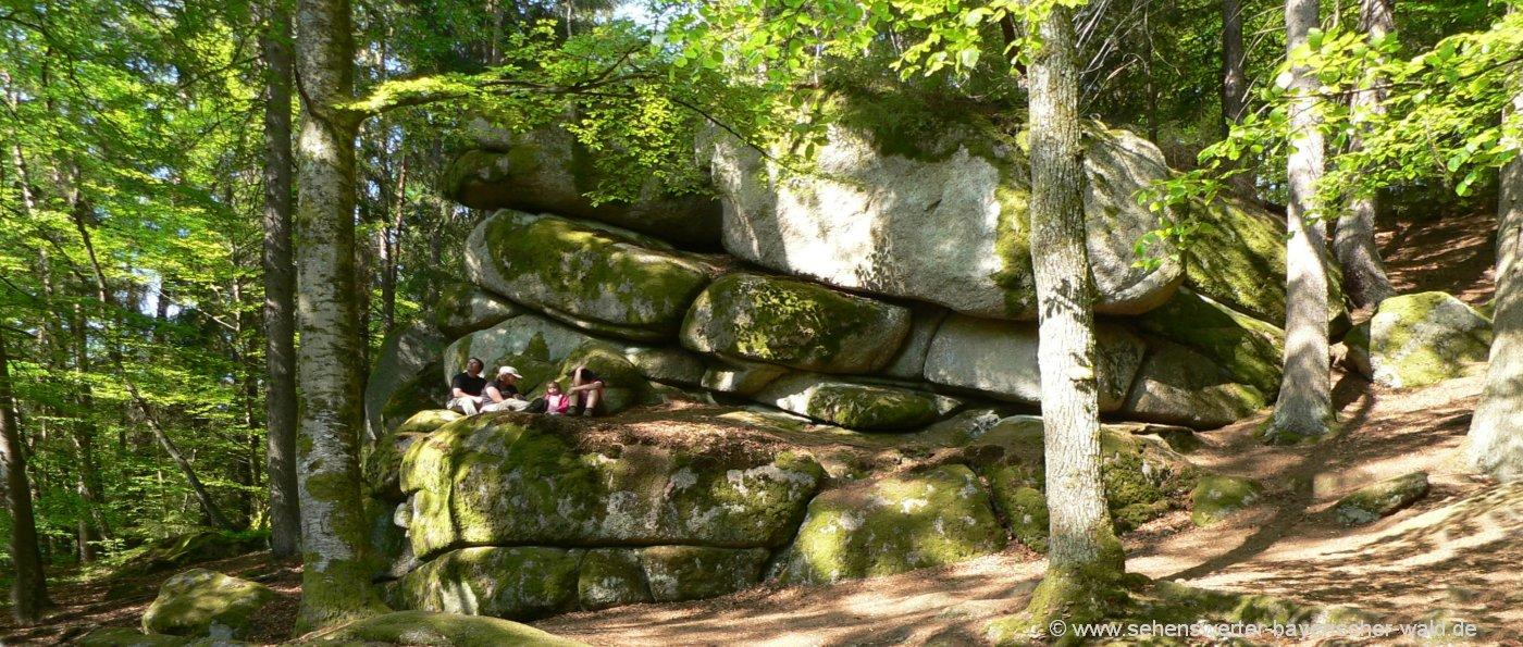 ausflugsziele-bayerischer-wald-wandergebiet-höllbachtal